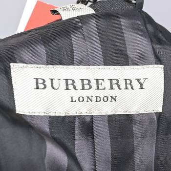 бирка Куртка Burberry