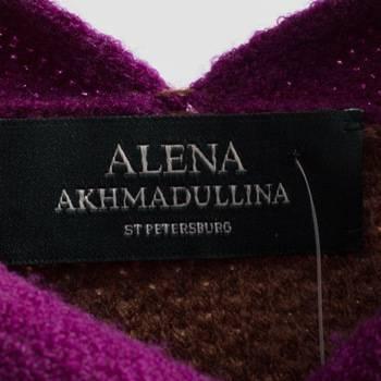 бирка Свитер Alena Akhmadullina