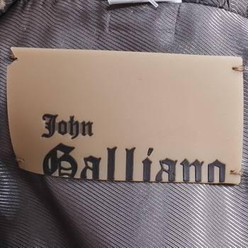 бирка Пальто  John Galliano