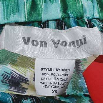 бирка Брюки  Von Vonni
