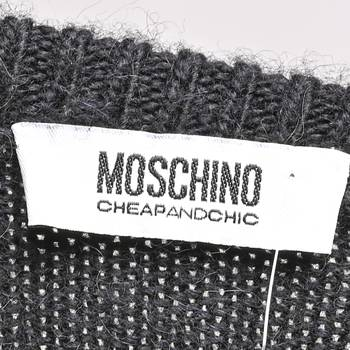 бирка Свитер Moschino Cheap and Chic
