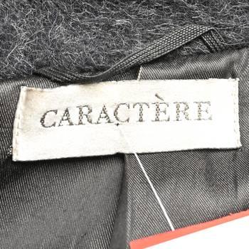 бирка Пальто Caractere