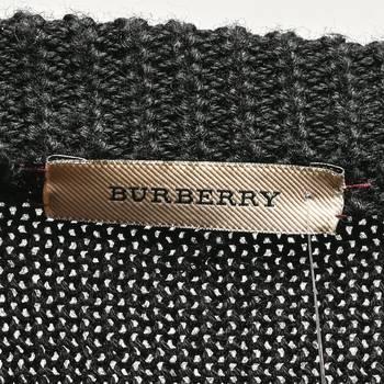 бирка Джемпер Burberry