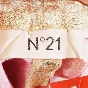бирка Шорты N21