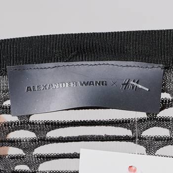бирка Лонгслив H&M x Alexander Wang