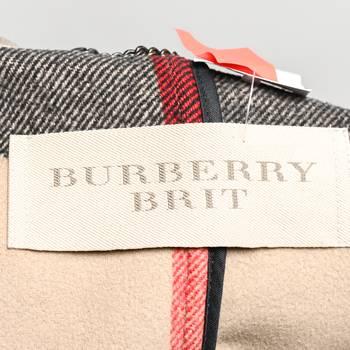 бирка Пальто Burberry Brit