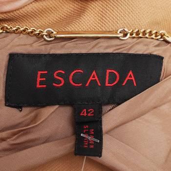 бирка Куртка Escada