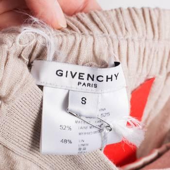 бирка Брюки  Givenchy