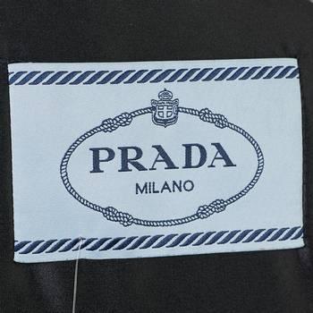 бирка Пуховик Prada