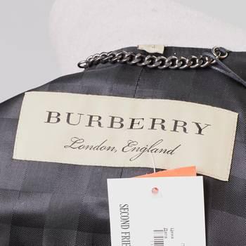 бирка Пальто Burberry
