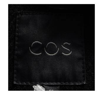 бирка Куртка  Cos