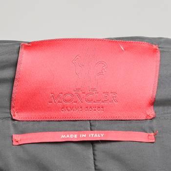 бирка Пальто Moncler