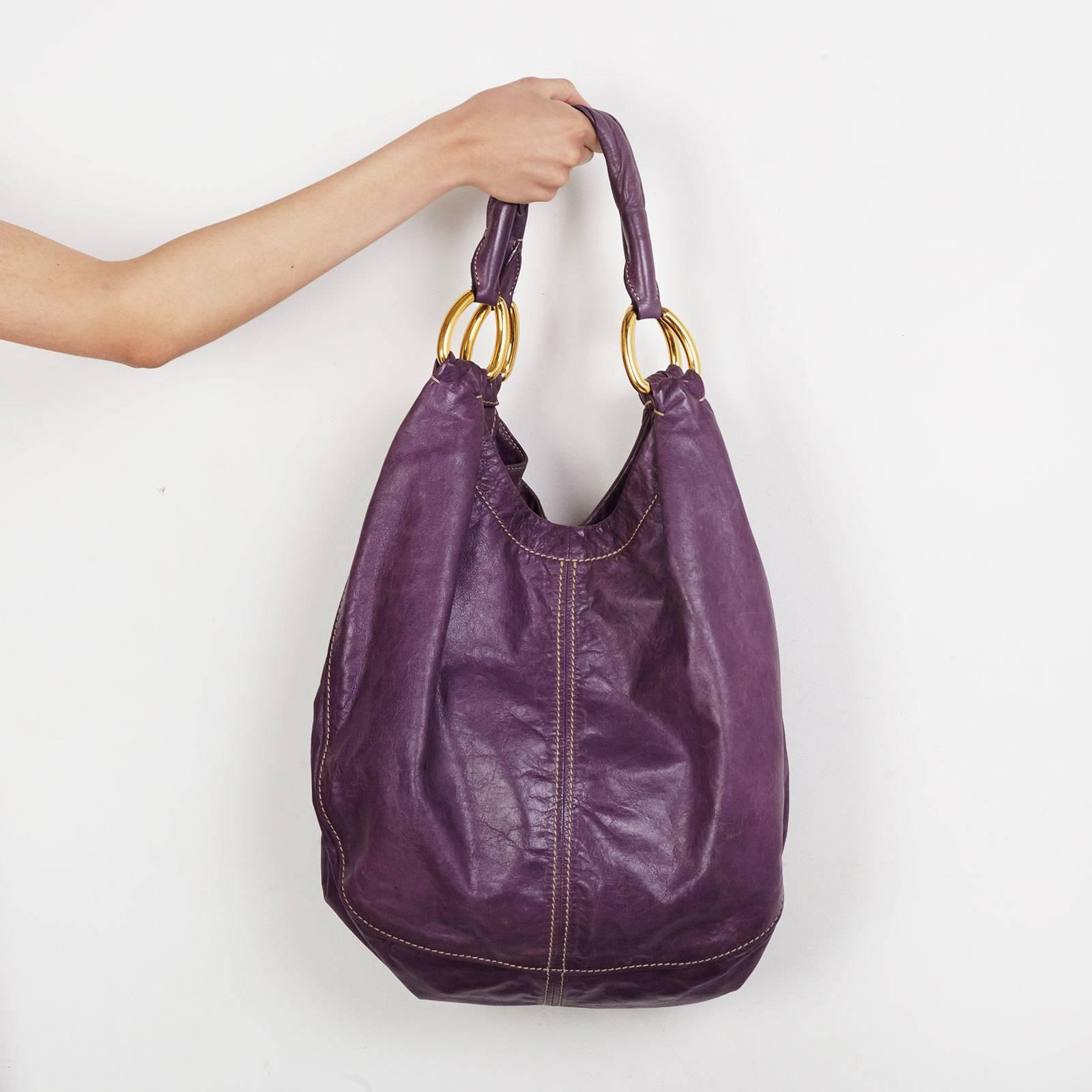 a0b9a47d1fed 7505f9ac421 Купить сумку Miu Miu в Москве с доставкой по цене 15000 рублей .