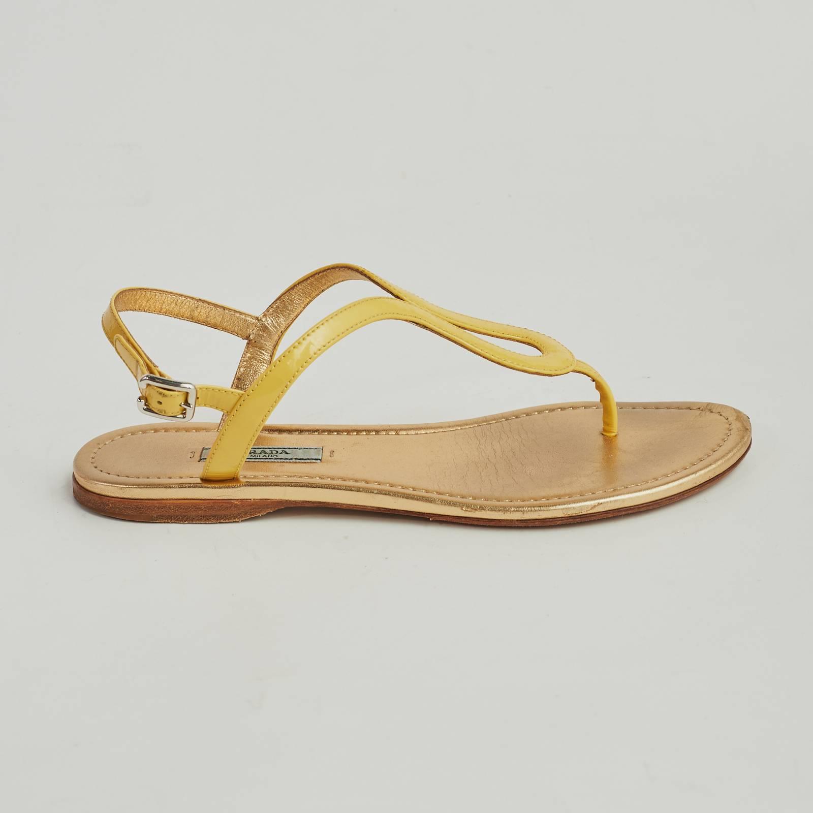 Купить сандалии Prada в Москве с доставкой по цене 7980 рублей   Second Friend Store