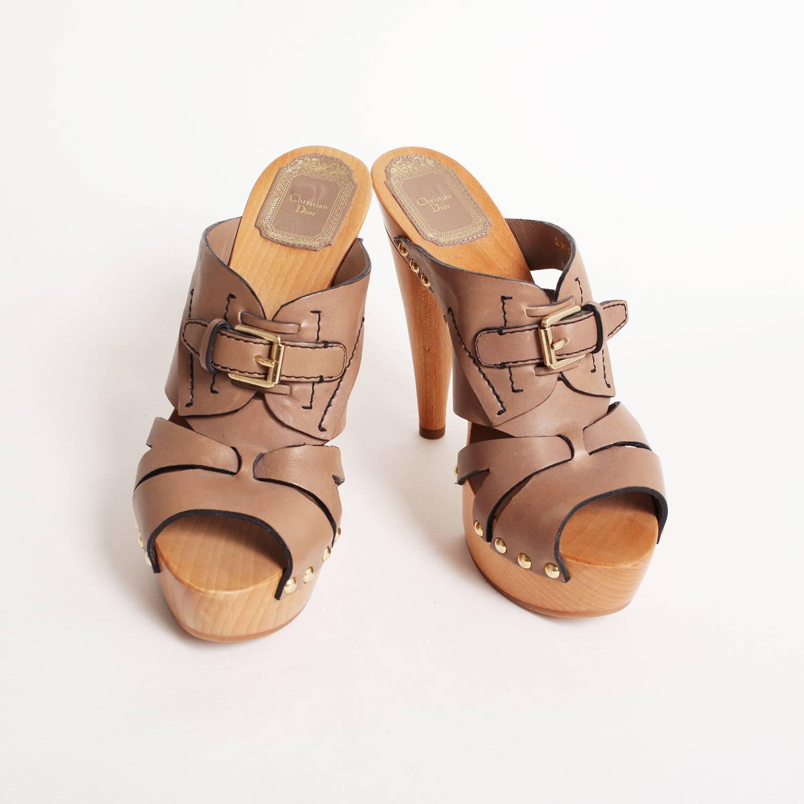 Купить сабо Christian Dior в Москве с доставкой по цене 8640 рублей ... 00f0f58d18c