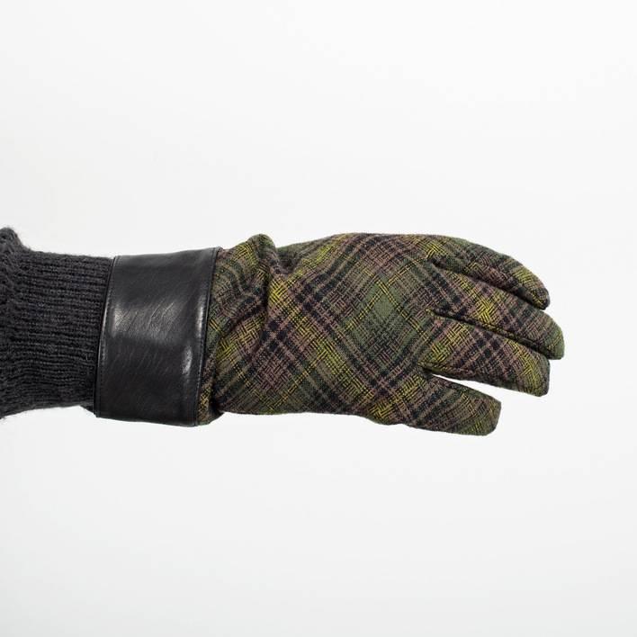 Перчатки  Undercover