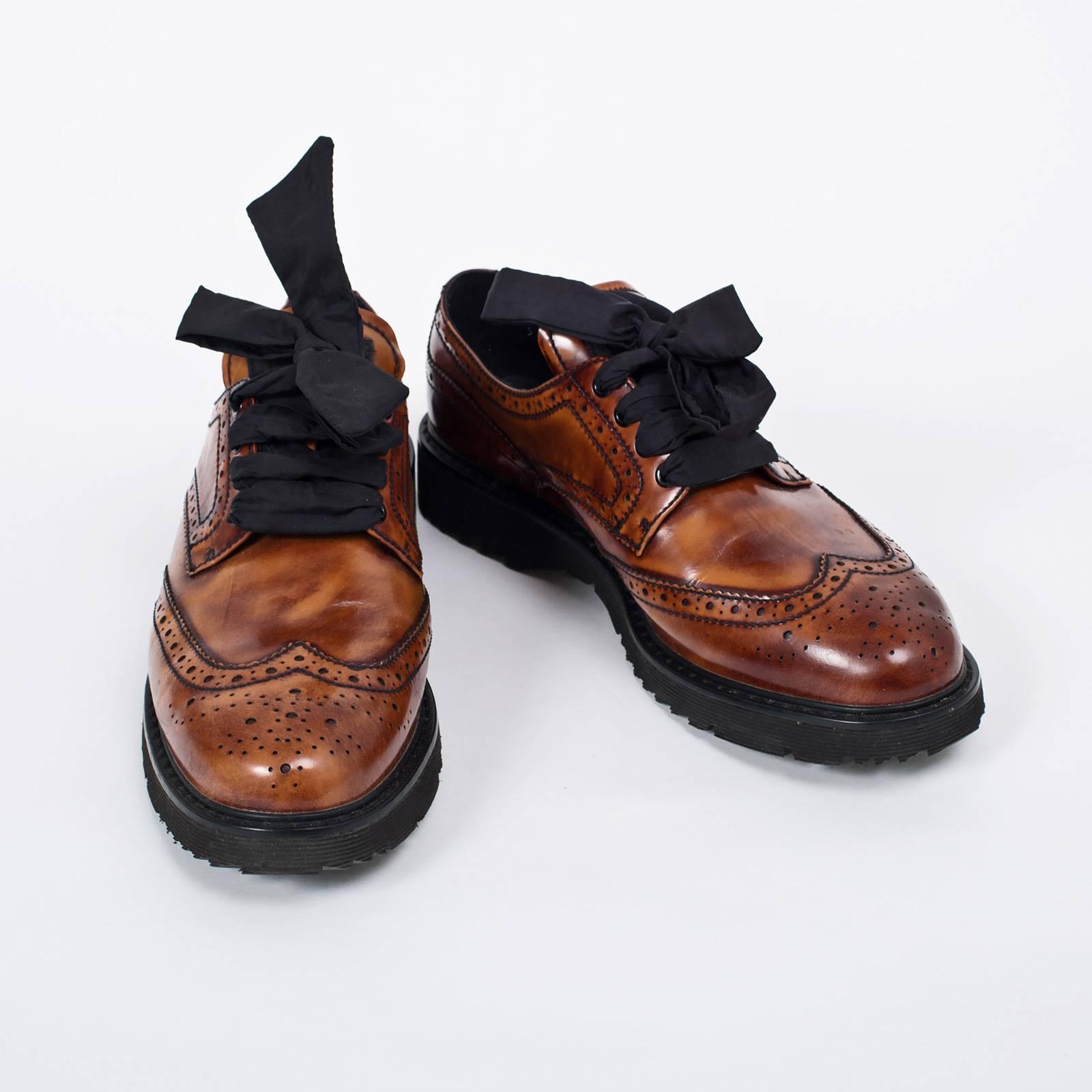 2b5f1a729ca4 Купить ботинки Prada в Москве с доставкой по цене 7200 рублей ...