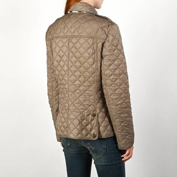 Легкая куртка  Burberry Brit