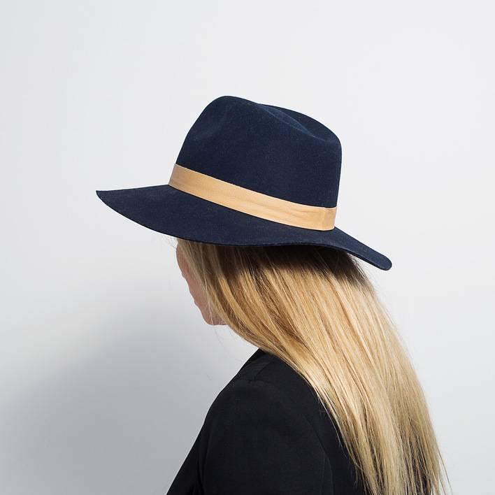 Шляпа  Janessa Leone