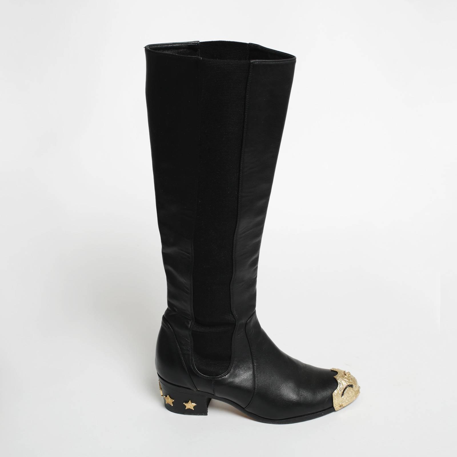 Купить сапоги Chanel в Москве с доставкой по цене 18300 рублей ... 761585496fb