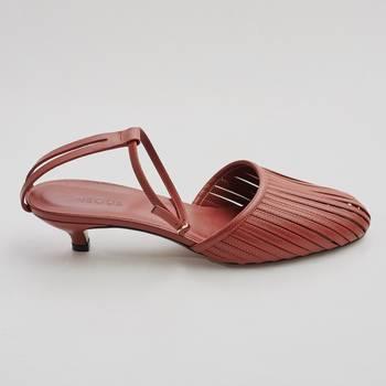 Туфли Neous