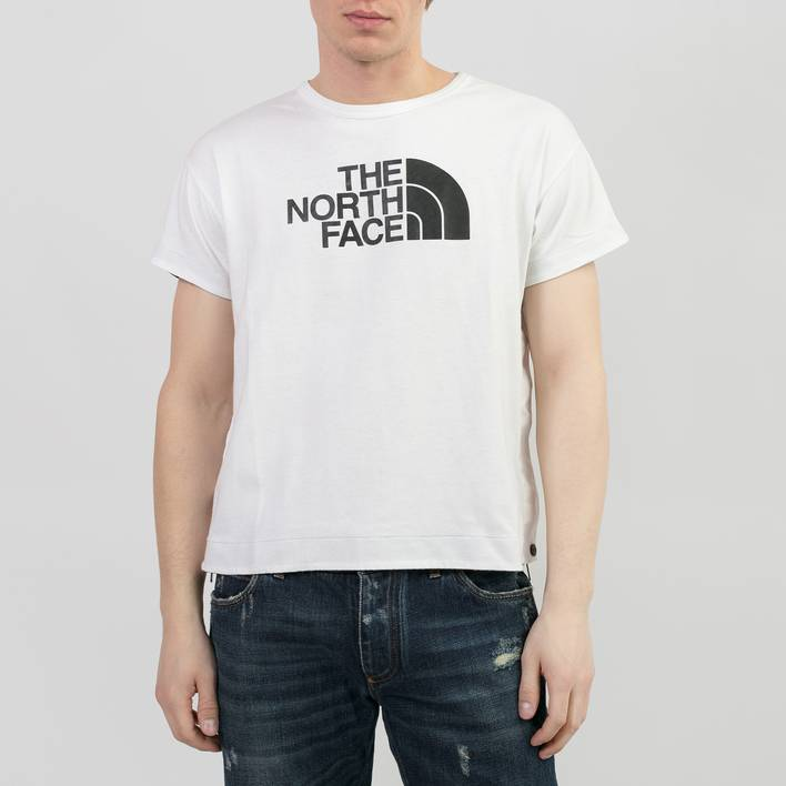 Футболка North Face х Sacai