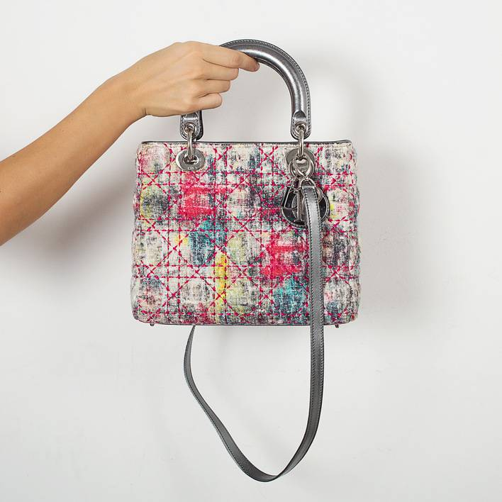 95a84e98b78a Купить сумку Lady Dior в Москве с доставкой по цене 60000 рублей ...