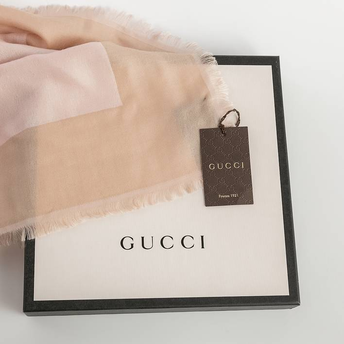 Шаль Gucci