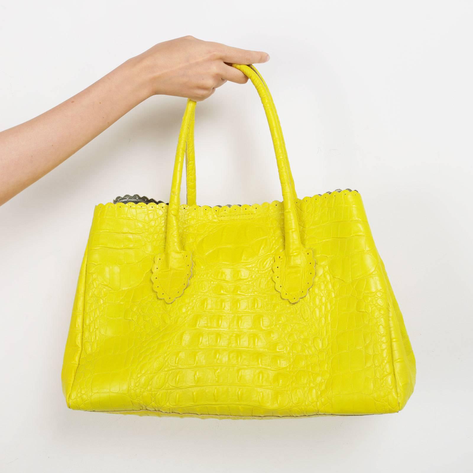 f6d80e31bf62 Купить сумку Furla в Москве с доставкой по цене 5700 рублей | Second ...