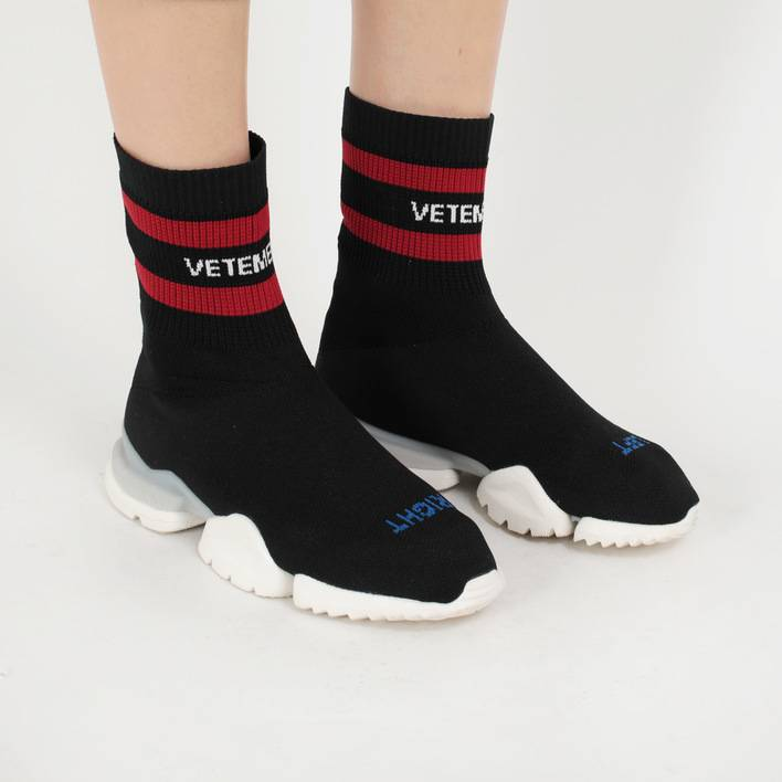 Кроссовки Reebok x Vetements