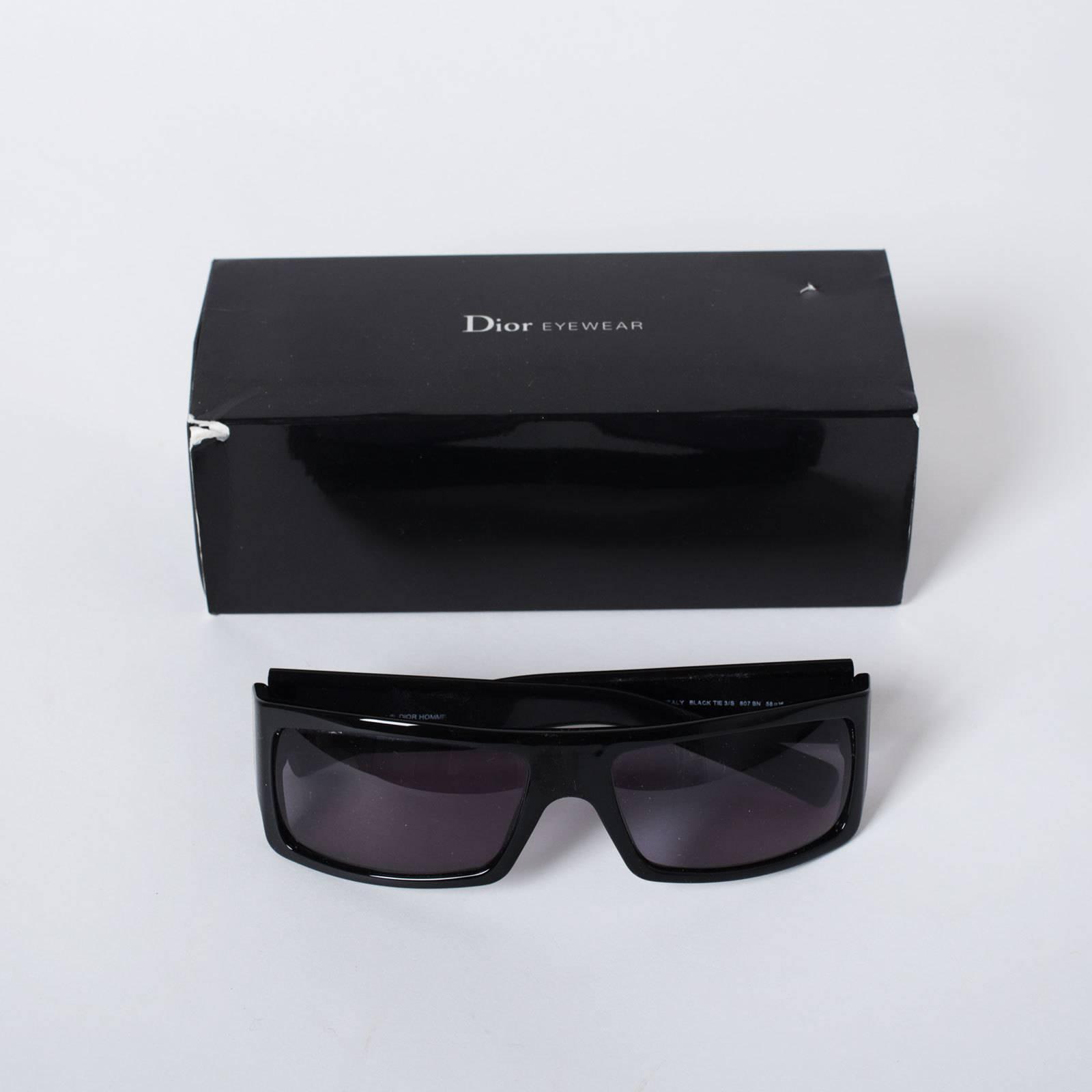 Купить очки Dior в Москве с доставкой по цене 7000 рублей   Second ... 133866dfe21