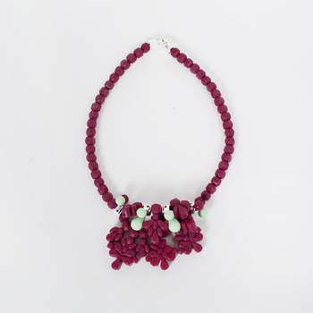 Ожерелье  Ek Thongprasert